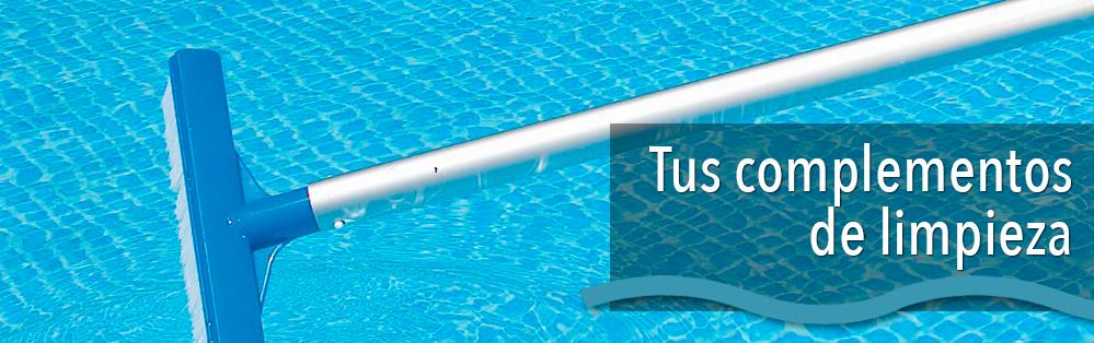 Material limpieza piscinas cepillos limpiafondos recogehojas for Productos de limpieza de piscinas